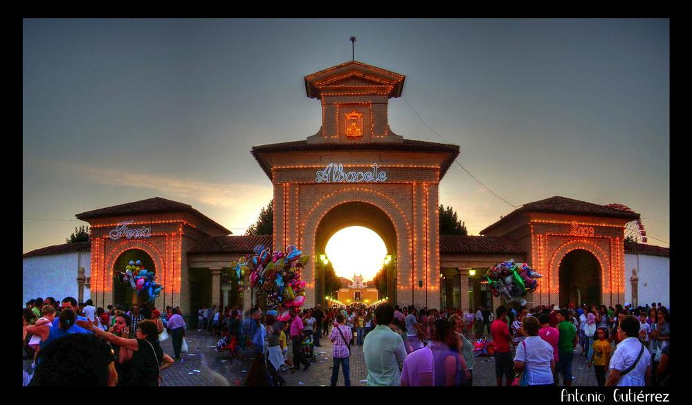Puerta Feria 09